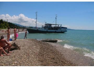 Собственный пляж   Пансионат «Водопад» Абхазия, Новый Афон